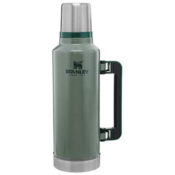 Stanley Classic Legendary Bottle 1,9 Liter / 2.0QT Hammertone Green - Edelstahl-Thermoskanne - BPA-frei -Hält 40 Stunden heiß - Deckel fungiert als Trinkbecher - Spülmaschinenfest - Lifetime Warranty